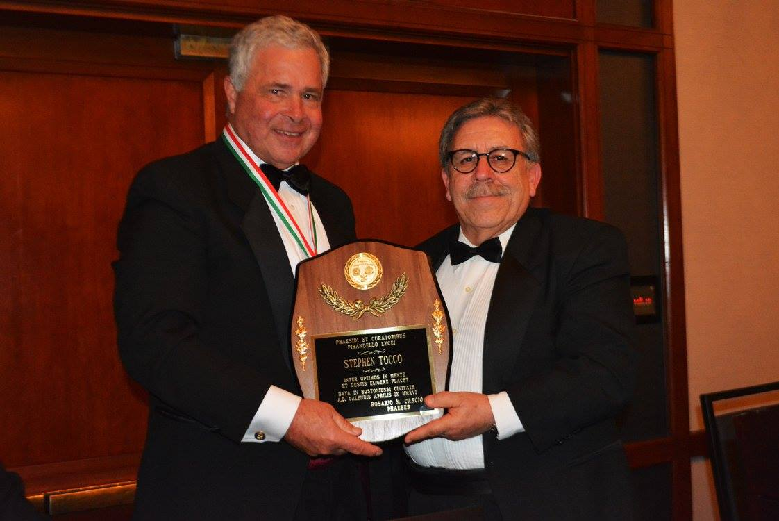 Stephen P. Tocco, recipient of the Consultant-Chief Executive Award, and Pirandello Lyceum President Rosario Cascio.
